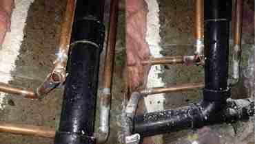 Frozen burst pipes toronto